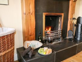 Whispering Willows - The Bungalow - County Donegal - 936116 - thumbnail photo 6