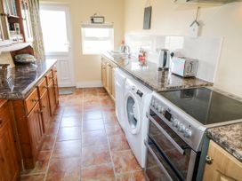 Whispering Willows - The Bungalow - County Donegal - 936116 - thumbnail photo 12