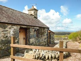 Y Becws - North Wales - 936171 - thumbnail photo 2