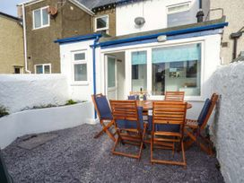 2 Tregof Terrace - Anglesey - 936705 - thumbnail photo 2