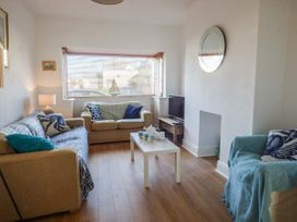 2 Tregof Terrace - Anglesey - 936705 - thumbnail photo 3