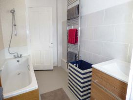 2 Tregof Terrace - Anglesey - 936705 - thumbnail photo 11