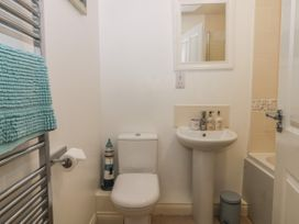 White Rose Apartment - Whitby & North Yorkshire - 936805 - thumbnail photo 14