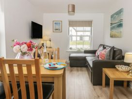 White Rose Apartment - Whitby & North Yorkshire - 936805 - thumbnail photo 3