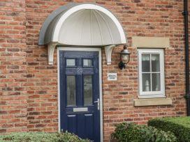 White Rose Cottage - Whitby & North Yorkshire - 936806 - thumbnail photo 2