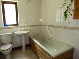 Highbury - South Wales - 937377 - thumbnail photo 10