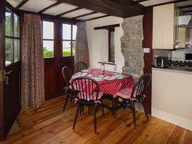 Robin's Barn - South Wales - 937720 - thumbnail photo 8