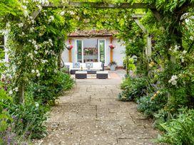 The Farm House - Somerset & Wiltshire - 937996 - thumbnail photo 5