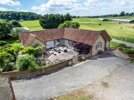 The Farm House - Somerset & Wiltshire - 937996 - thumbnail photo 1