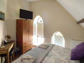 Sanctuary Cottage - Isle of Wight & Hampshire - 938079 - thumbnail photo 11