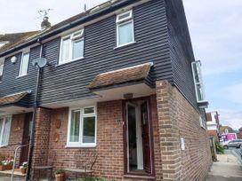 3 bedroom Cottage for rent in Rye