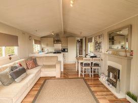 Cedar Lodge - Lincolnshire - 938542 - thumbnail photo 3