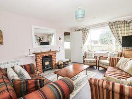 Cowmans Cottage - Suffolk & Essex - 938642 - thumbnail photo 2