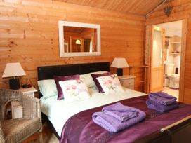 Log Cabin - Norfolk - 938687 - thumbnail photo 13