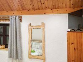 Penrhyn Bach - Anglesey - 938930 - thumbnail photo 17