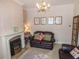 31 Elmville Avenue - Whitby & North Yorkshire - 939003 - thumbnail photo 5