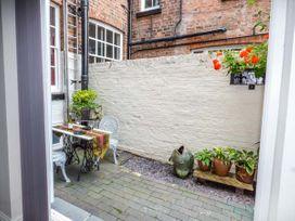 Courtyard Apartment - North Wales - 939042 - thumbnail photo 10
