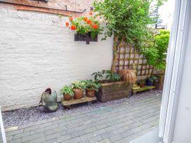 Courtyard Apartment - North Wales - 939042 - thumbnail photo 11
