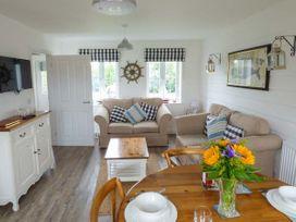 Lilipad Cottage - Whitby & North Yorkshire - 939242 - thumbnail photo 4