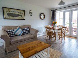 Lilipad Cottage - Whitby & North Yorkshire - 939242 - thumbnail photo 3