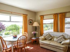 Summerfield Lodge Cottage - Kinsale & County Cork - 939280 - thumbnail photo 2