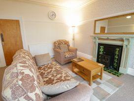 Garth House Apartment 2 - North Wales - 939441 - thumbnail photo 5