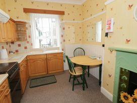Garth House Apartment 2 - North Wales - 939441 - thumbnail photo 8