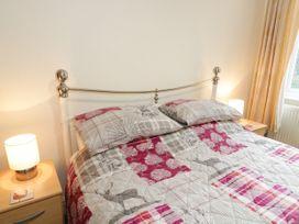 Garth House Apartment 2 - North Wales - 939441 - thumbnail photo 12