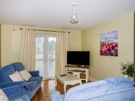 Central Ardara Riverside Apartment - County Donegal - 939487 - thumbnail photo 3