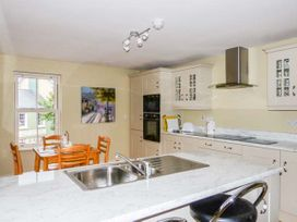 Central Ardara Riverside Apartment - County Donegal - 939487 - thumbnail photo 4
