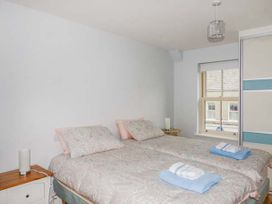 Central Ardara Riverside Apartment - County Donegal - 939487 - thumbnail photo 7