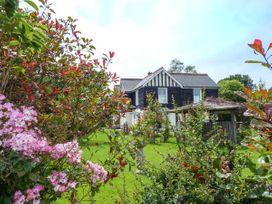 Spitfire Barn - Kent & Sussex - 939682 - thumbnail photo 21