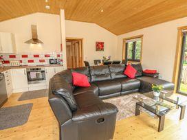 Chale Farm Lodge - Isle of Wight & Hampshire - 939717 - thumbnail photo 11