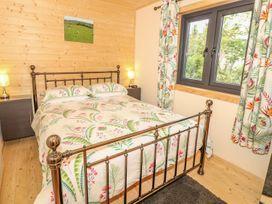Chale Farm Lodge - Isle of Wight & Hampshire - 939717 - thumbnail photo 16