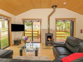 Chale Farm Lodge - Isle of Wight & Hampshire - 939717 - thumbnail photo 6