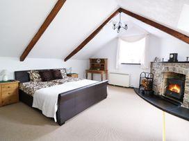 Loft Apartment - South Wales - 939765 - thumbnail photo 8