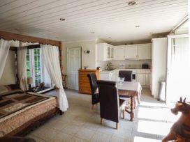 Garden Apartment - South Wales - 939766 - thumbnail photo 6