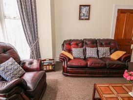 Lyndale - South Wales - 939856 - thumbnail photo 4