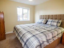 Barnowl Holiday Cottage - Whitby & North Yorkshire - 939996 - thumbnail photo 5
