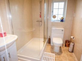 Barnowl Holiday Cottage - Whitby & North Yorkshire - 939996 - thumbnail photo 9