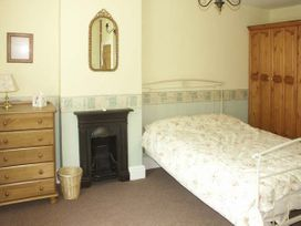 Pabo Lodge - North Wales - 940405 - thumbnail photo 5