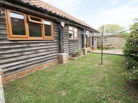 Duckling Barn - Norfolk - 940678 - thumbnail photo 1