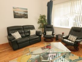 Coed Llai - Anglesey - 941458 - thumbnail photo 4