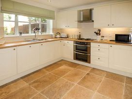 4 Aldelyme Court - Shropshire - 941583 - thumbnail photo 9
