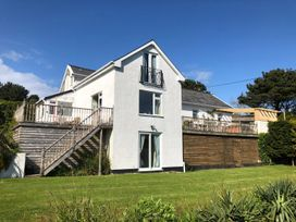 5 bedroom Cottage for rent in Ilfracombe