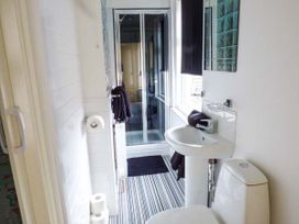 Flat 3 - North Yorkshire (incl. Whitby) - 942062 - thumbnail photo 7