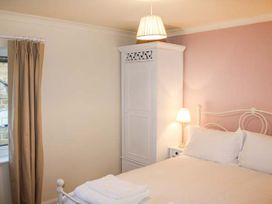 Cosy Cottage - Whitby & North Yorkshire - 942085 - thumbnail photo 7