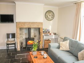 Cosy Cottage - Whitby & North Yorkshire - 942085 - thumbnail photo 3