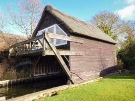 Cygnus Boathouse - Norfolk - 942219 - thumbnail photo 1