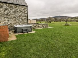 Hay Store - North Wales - 942901 - thumbnail photo 36